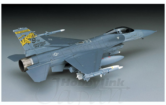 1/72 F-16CJ Block 50 Fighting Falcon by Hasegawa