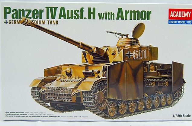 รถถัง Panzer IV Ausf.H With Armor (1/35) ACADEMY (AC 13233)