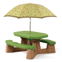 โต๊ะปิดนิค พร้อมร่มกันแดด Step 2 Naturally Playful Picnic Table with Umbrella
